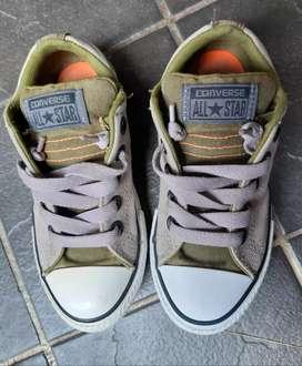 Sepatu anak preloved Converse original
