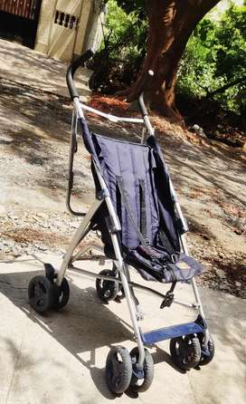 Mee Mee portable stroller in mint condition. Moving out sale
