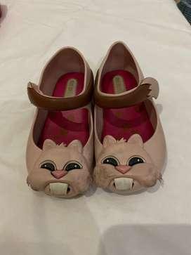 sepatu anak preloved melissa size 5 dan 6 kira-kira anak 1-2 tahun
