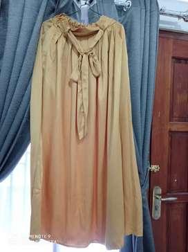 Bismillah rok kuning pita