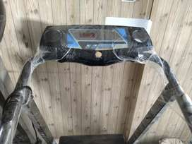 Slightly used treadmil 0307(2605395) PL call me at this number