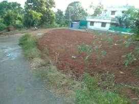 4.25 cent plot for sale in palakkad near mattumanda,malapuzha road.