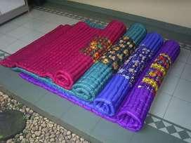 Tikar Karpet Kasur Lantai Palembang Gulung Lipat Busa Dacron Dakron