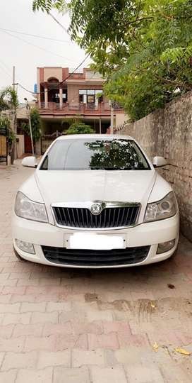 Skoda Laura 2010 Diesel Well Maintained