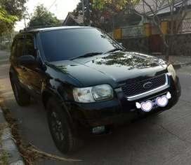 Ford escape 2.3 XLT 2005 Hitam machoo