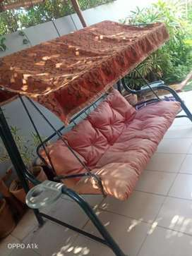 2 seater Outdoor swing for sell