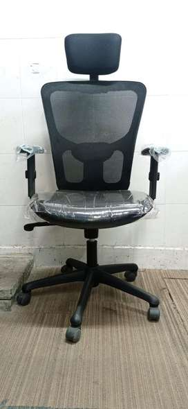 Astro Jazz Office Chair with Adjutable Lumbar Support, Headrest