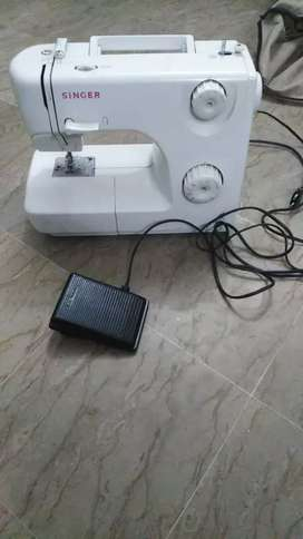 My singer sewing machine in good condition