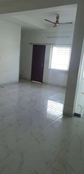 2- BHK FLAT FOR RENT AT SHRI NAGAR INDORE IN 17000/-
