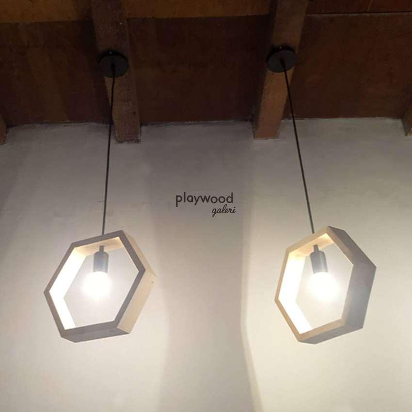 Lampu Gantung Kayu Industrial Hexagonal untuk Cafe Rumah Kantor 0