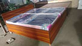 New doubel bed  box king size