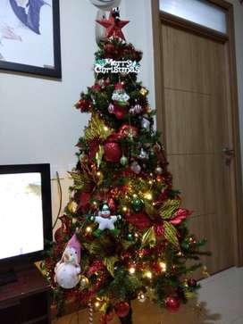 Pohon Natal + dekorasi