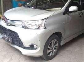 Rental Mobil Avanza dengan supir