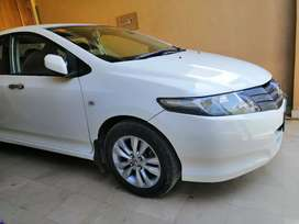 Honda city (automatic) exchange only with aqua or fit
