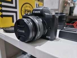 Canon M50 Second