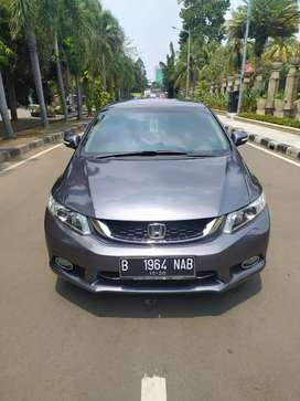 Honda Civic 1.8 Automatic Abu abu tua metalik 2015 facelift.