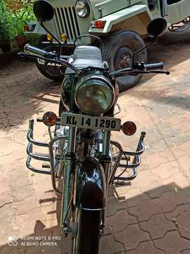 Royal enfield 89' model completely restored to the authentic model