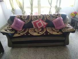 I want to sell sofa set