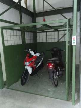 Lift barang lift proyek pengalaman unggul 15 tahun