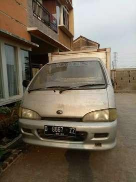 Jual mobil daihasu zebra 2004