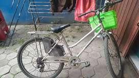 Sepeda ponik komplit ban baru tiggal gas