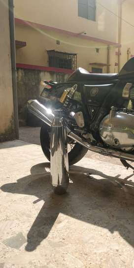 Royal Enfield Continental GT 650 stock exhaust