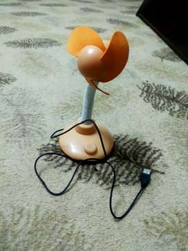 Portable usb and battery operated kids fan