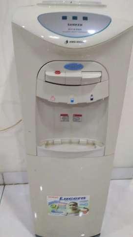 Dispensor sanken panas dingin kompresor