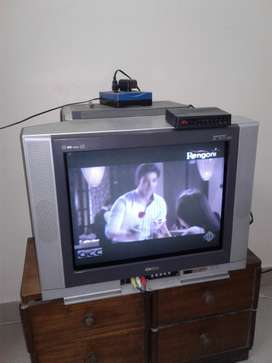 Onida colour TV with KY BASS/ 21 inch
