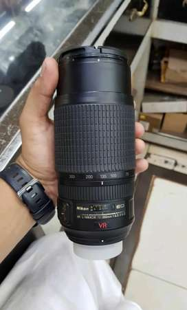 Nikon 70×300 VR Full frame lens condition 10/10 1 year warranty