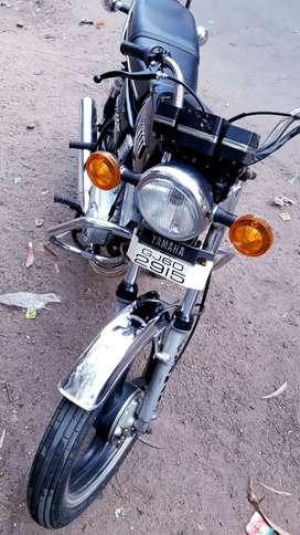 Sell Yamaha rx100 black colors