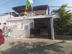 Dijual Cepat Rumah Tengah Kota Siap Huni Lokasi Ngagel