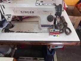 Tailor machine japan  singer  heavy motors