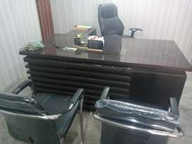 Executive Office Table + Office Chair & 2 Visitors Chairs