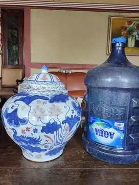 Keramik china dinasty priuk merah biru putih bertutup aprt 929 Antik