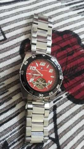 Tommy hilfiger automatic side second watch 100%orignal price fix
