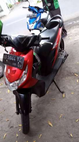 Honda Beat 2012 Merah Injeksi Irit Istimewa