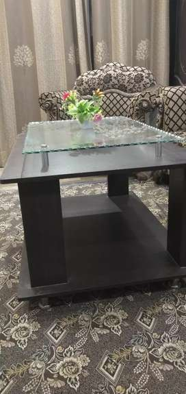 Heavy and relaible center table