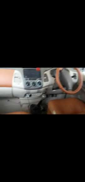 Toyota Innova 2006 Diesel Well Maintained..all tyers new