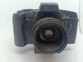 Kamera DSLR Jadul (Untuk Display)