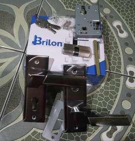 Kunci Pintu rumah besar merek l brilon /pcss