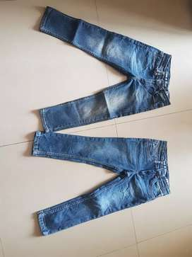2 pair of jeans for 5 to 7 years