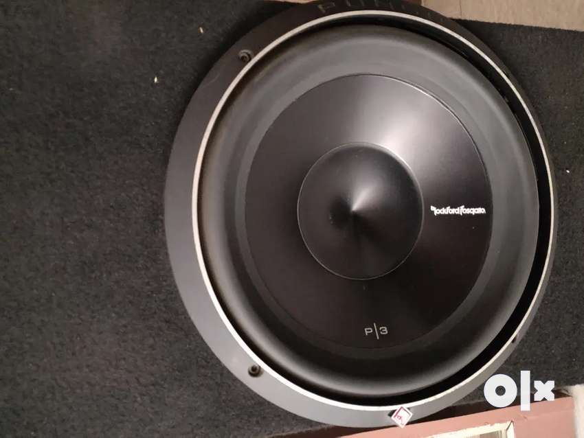 2019 Rockford Fosgate P3D4 12 Inch Subwoofer with enclosure