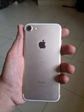Iphone 7 Excellent Condition, 32GB ,Gold, No scratches