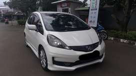 HONDA JAZZ RS AT PUTIH 2014