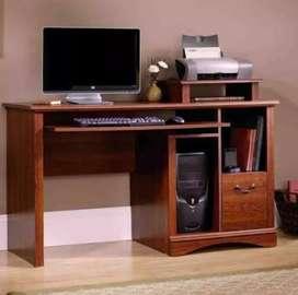 Desktop sale with table