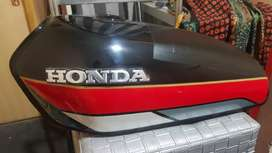 Honda 125 Engine and Body Parts
