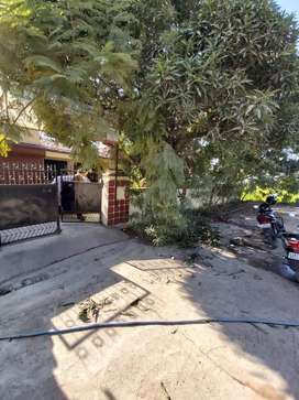 450 gaj house for sale on 30 ft road on azad colony