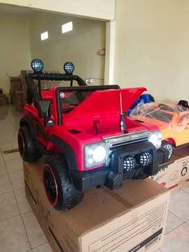 Mobil Aki Mainan Anak Remote Control Jeep Rocky