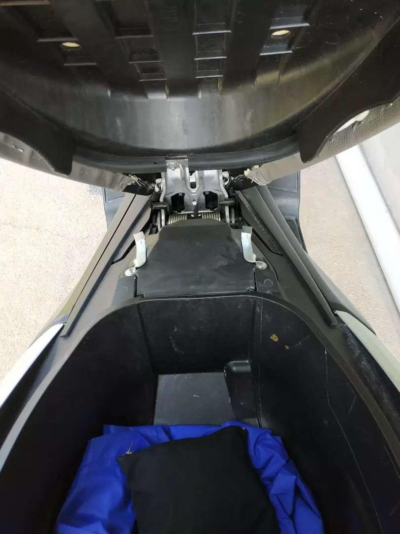 Gantungan  Helm dalam jok untuk Nmax N max atau supra X 125